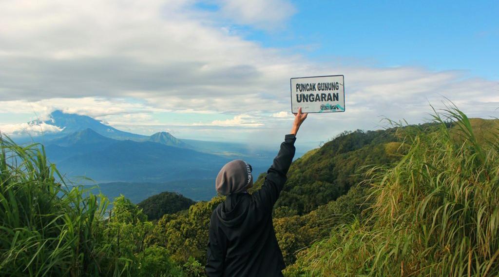 spot foto pendaki gunung Gunung Unggaran (2050 mdpl) - Jawa Tengah