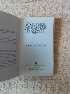 Demon Rumm penulis Sandra Brown