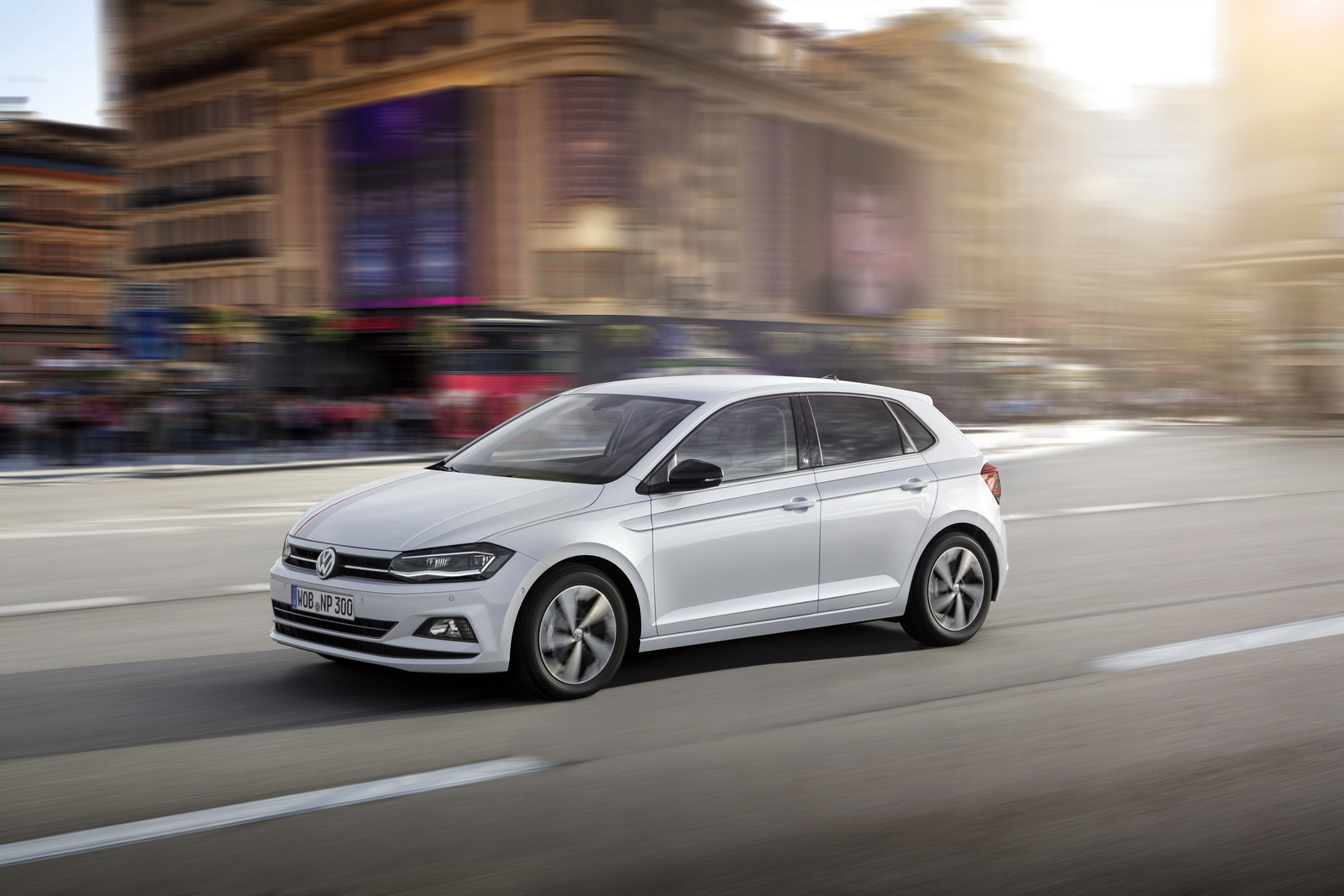 All new 2017 vw polo aims to conquer the supermini class for Interieur nouvelle polo
