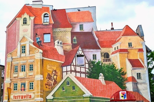 Things to do in Poznan: See 3D street art in Śródka