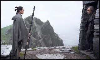 Rey y Luke en Los últimos Jedi (The Last Jedi, 2017)