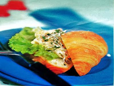 Gambar Resep Croissant Salad Ikan Tuna