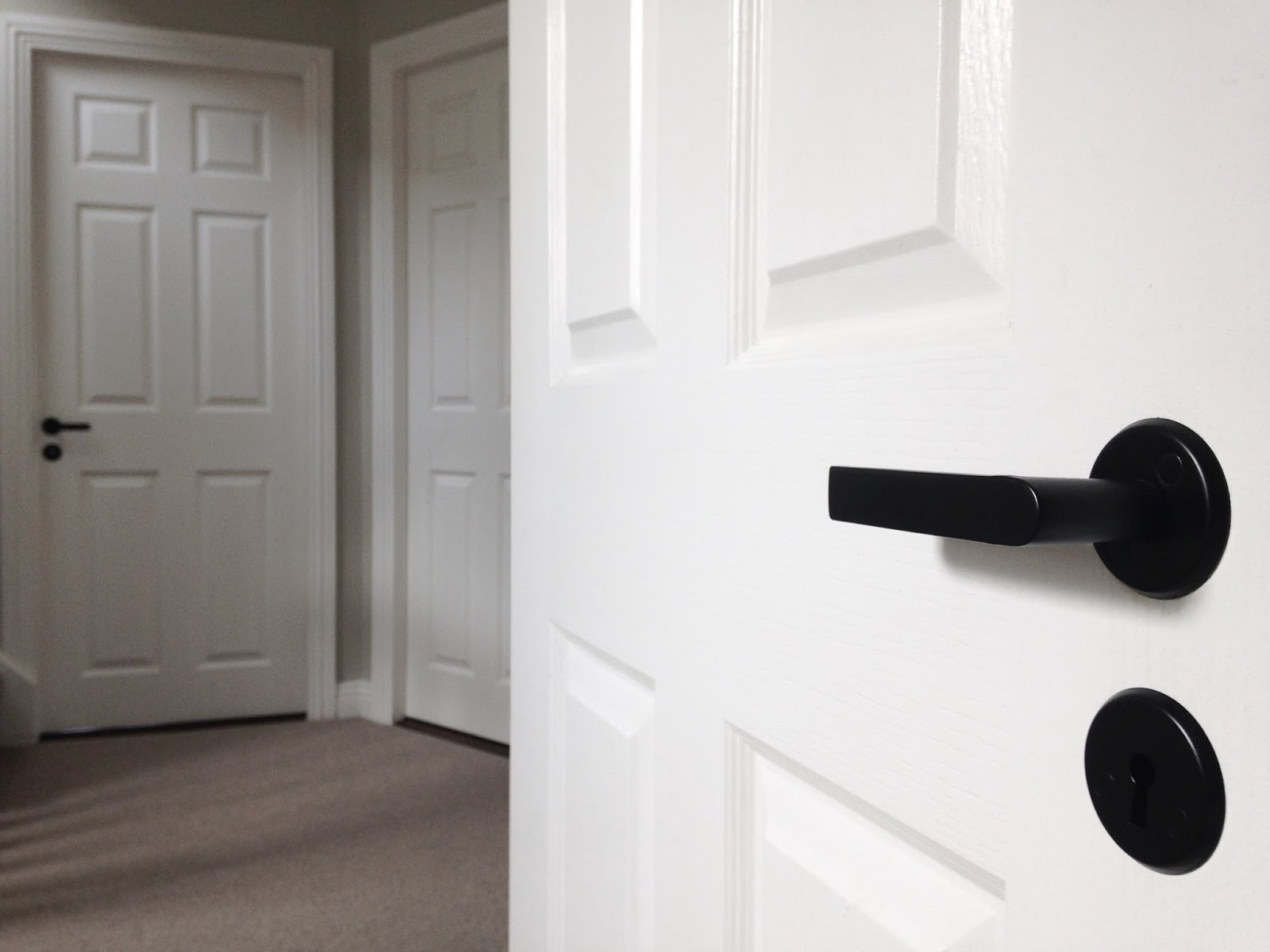 Handles Doors Victorian Chrome Door Handles Sc 1 St Howdens Joinery