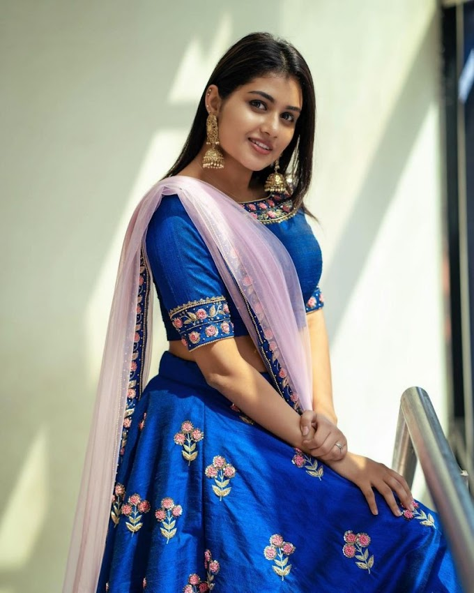 Bigg Boss darling Aleena Padikkal in blue lahanga, fans say she looks like a princess.