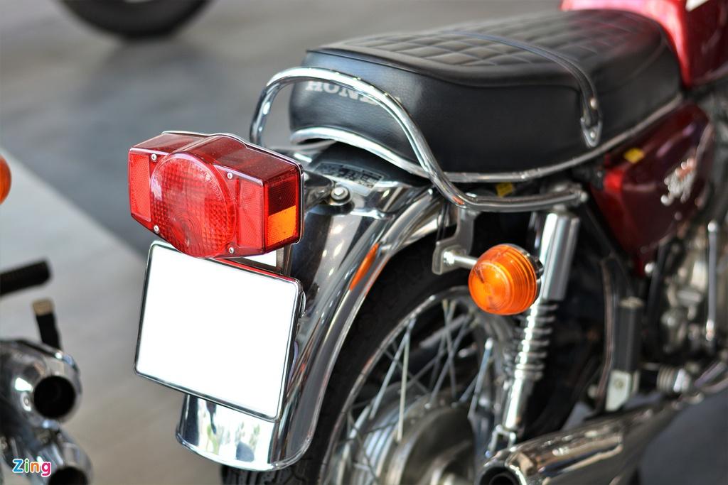 Honda CB350F hàng hiếm tại Việt Nam - động cơ 4 xy-lanh, 34 mã lực
