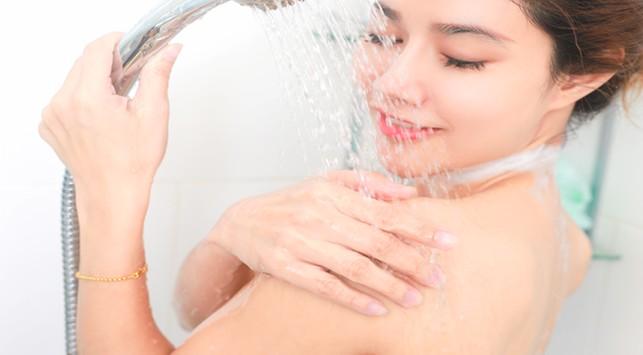 Manfaat Mandi Air Dingin di Pagi Hari Untuk Kesehatan Tubuh
