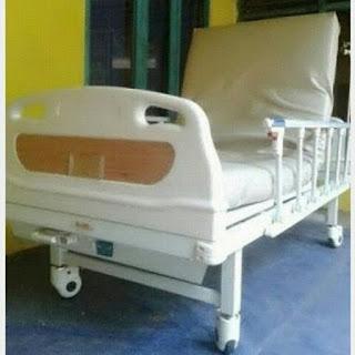 Tempat tidur rumah sakit ABS 2 engkol