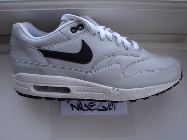2005 NIKE AIR MAX 1 UTT SAMPLE