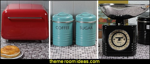 Vintage Style kitchen decor 50s diner kitchen accessories decorating retro diner style kitchen