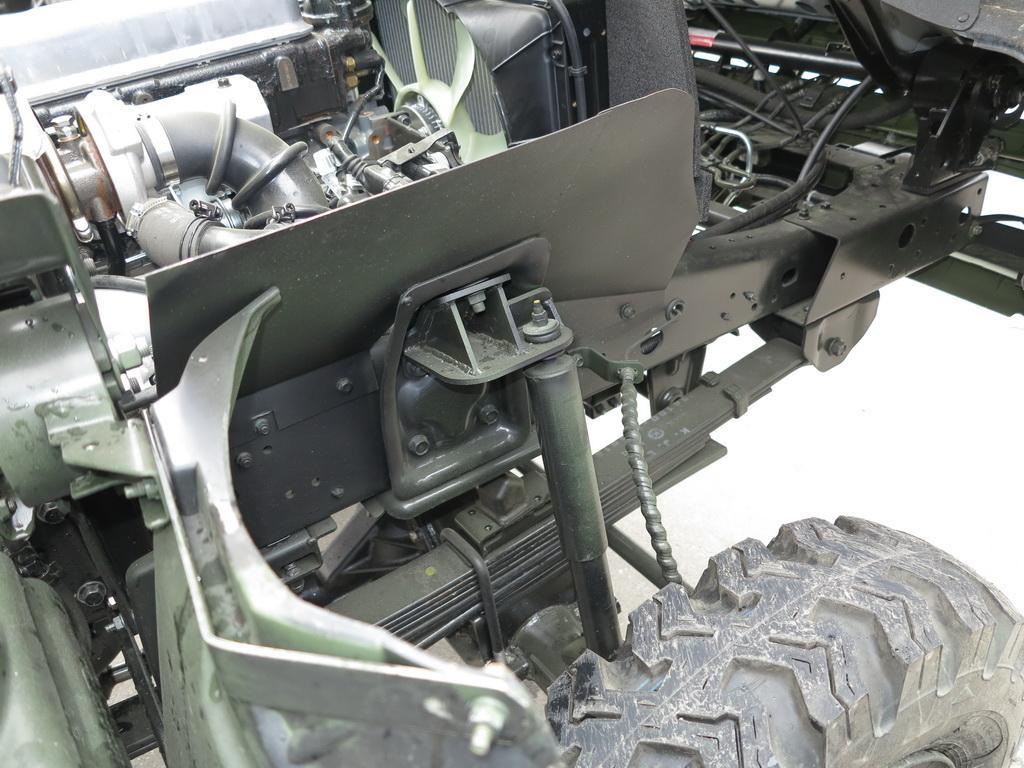 Тест-драйв нової повнопривідної армійської вантажівки Богдан-3373