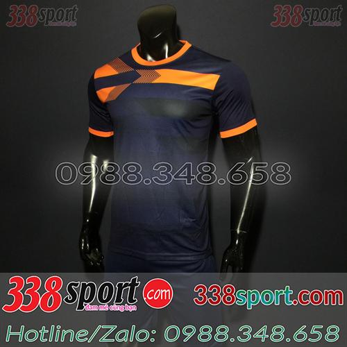 Những mẫu áo bóng đá màu đen đẹp