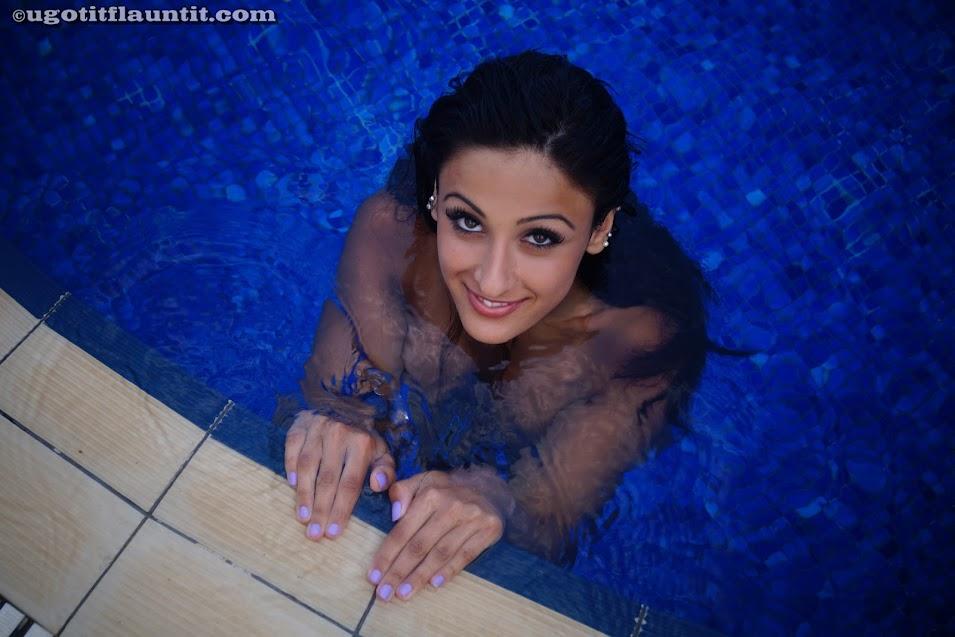 [UgotitFlauntit.Com] Eleni - Photoset 1498415918_13154_052
