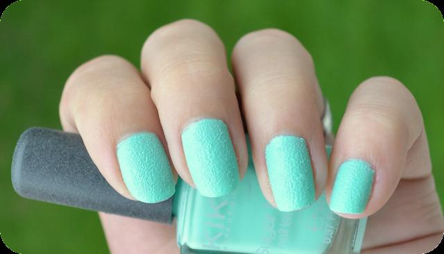 Kiko sugar mat nail laquer Mint Tragefoto