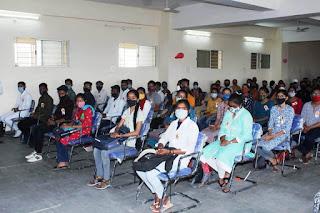 आयुर्वेद महाविद्यालय में नवीन विद्यार्थियों का स्वागत कार्यक्रम आयोजित