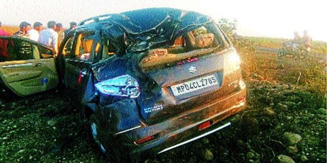 मंत्री सज्जन सिंह वर्मा के काफिले में हादसा, कांग्रेस कार्यकर्ता घायल | MP NEWS