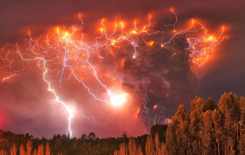 Puyehue Valcano, Chile - 7 Epic Displays Of Lightning
