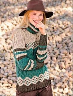 pulover-s-uzorom-iz-rombov-i-zhakkardovym-uzorom