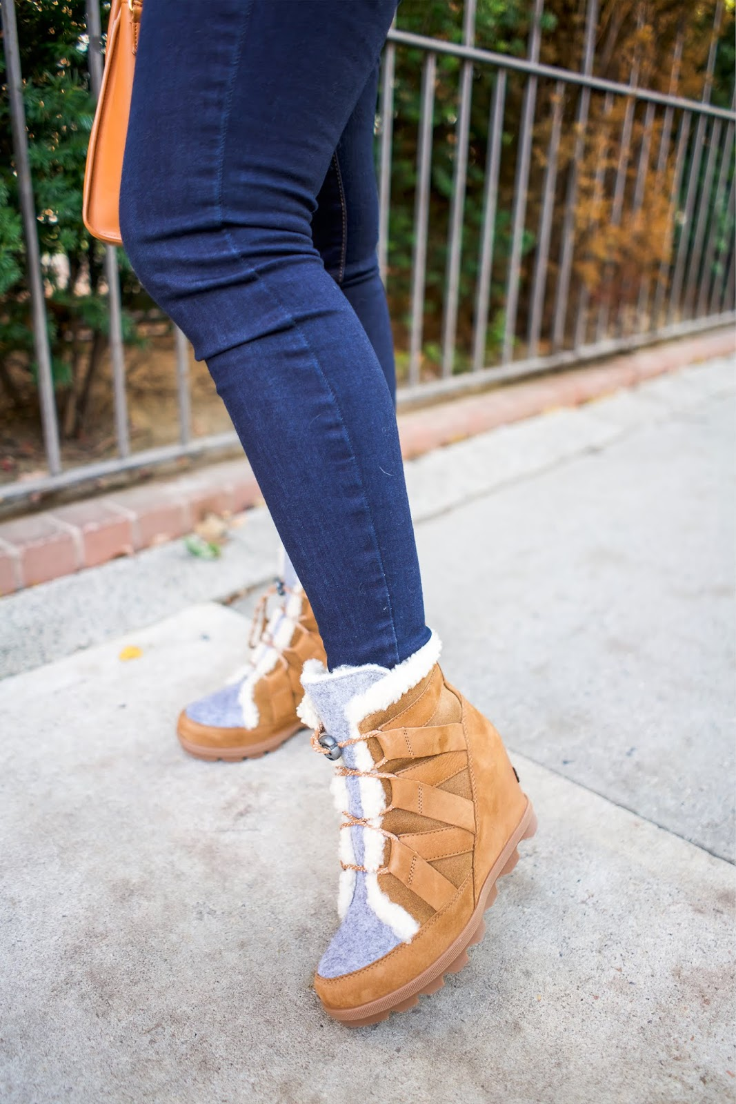 The Best Boots For A Nyc Winter New York City Fashion And Lifestyle Blog Covering The Bases