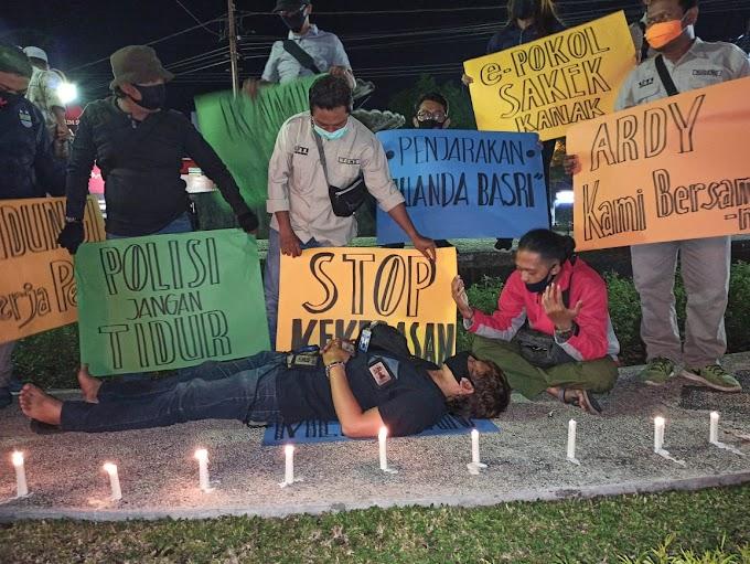 Protes Kekerasan Jurnalis ,IJTI Tapal Kuda Demo Di  Sekitar Kampus.