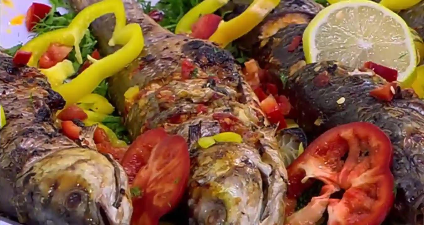 طريقة عمل سمك مشوي بالتوابل الحاره,وصفة السمك المشوي بالتوابل الحارة