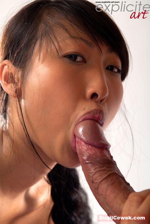 Голые японки сосутся видео 3