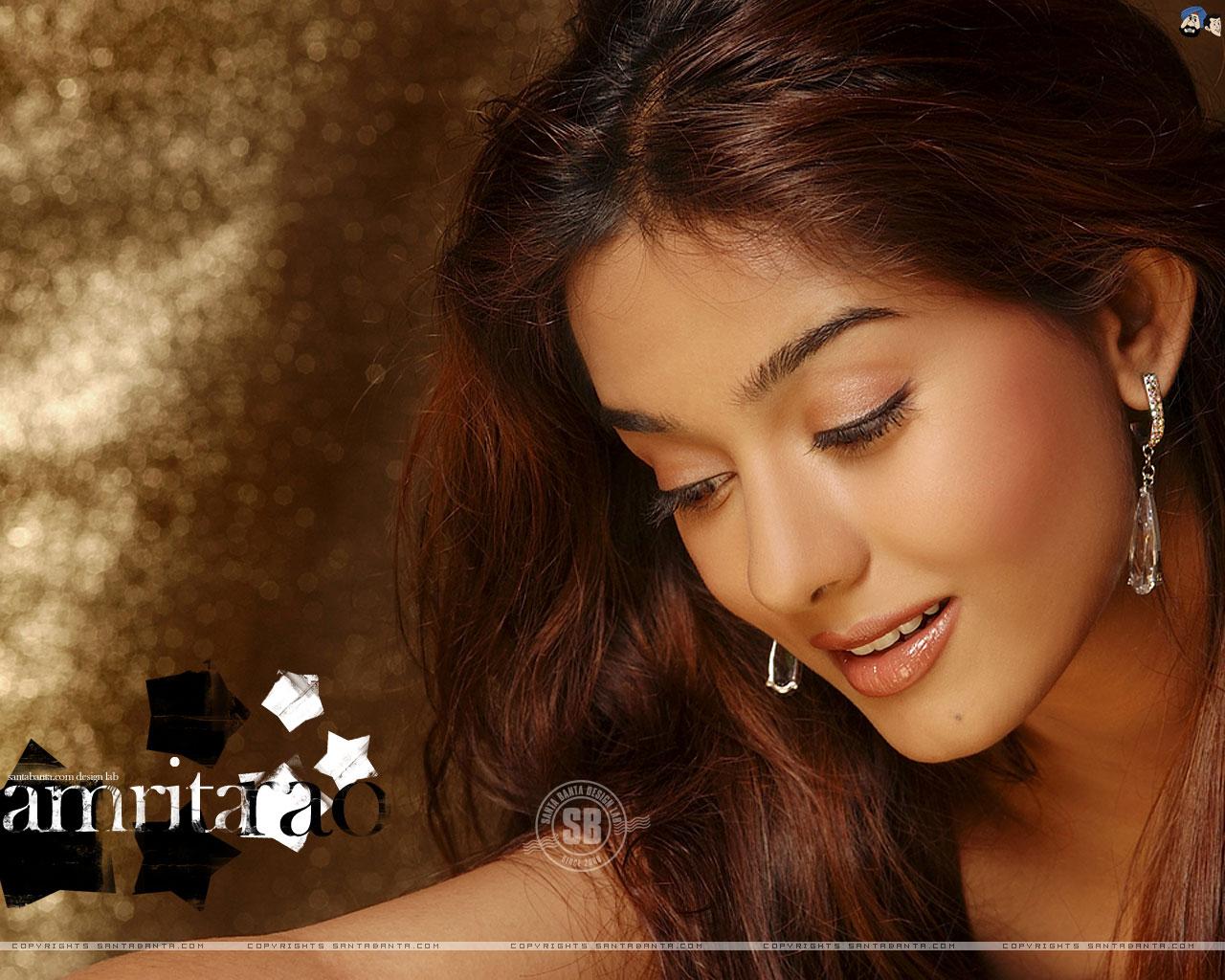 Malik Haroon: Priyanka Chopra And Kareena Kapoor