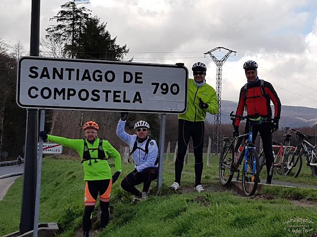 http://covaloria.blogspot.com/2018/05/de-rocesvalles-fisterra-camino-de.html
