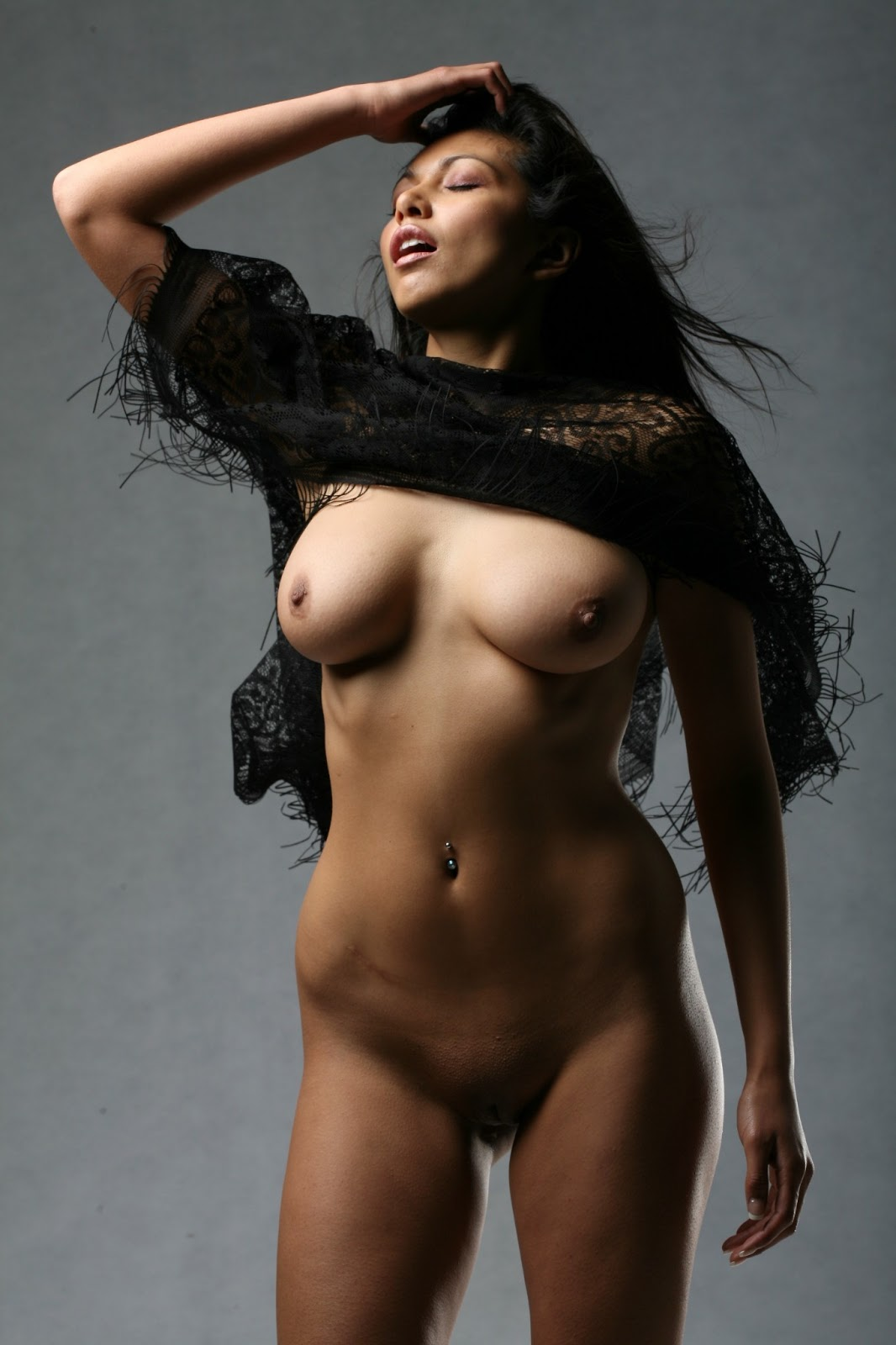 Nude Indian Hot Girls