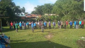 Pemdes Langen sari Parungkuda bersama Karang taruna dan seluruh elemen desa laksanakan Kerja bakti lingkungan