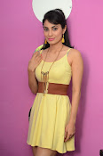 Manisha Kelkar sizzling in Yellow-thumbnail-13