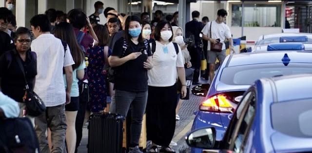 Detik-detik Menuju Malaysia Lockdown, Warga Berbondong-bondong Ke Singapura