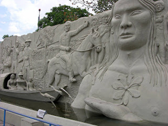 Monumento aos Pioneiros em Boa Vista / Roraima