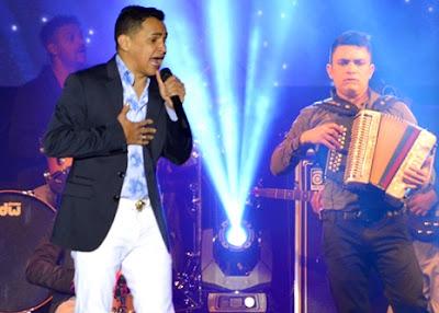 Foto de Jorge Celedón en el escenario