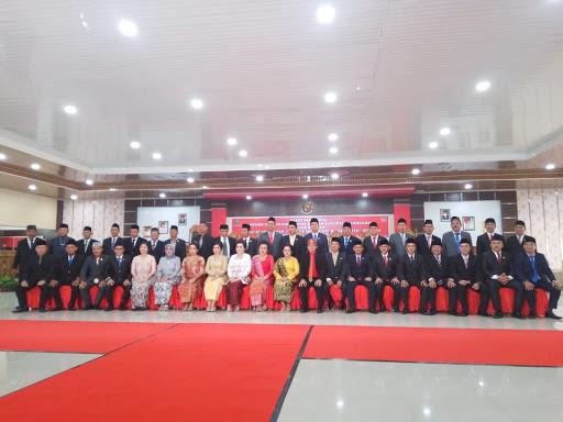 Momen pelantikan ketua Dewan dan wakil ketua DPRD Sanggau