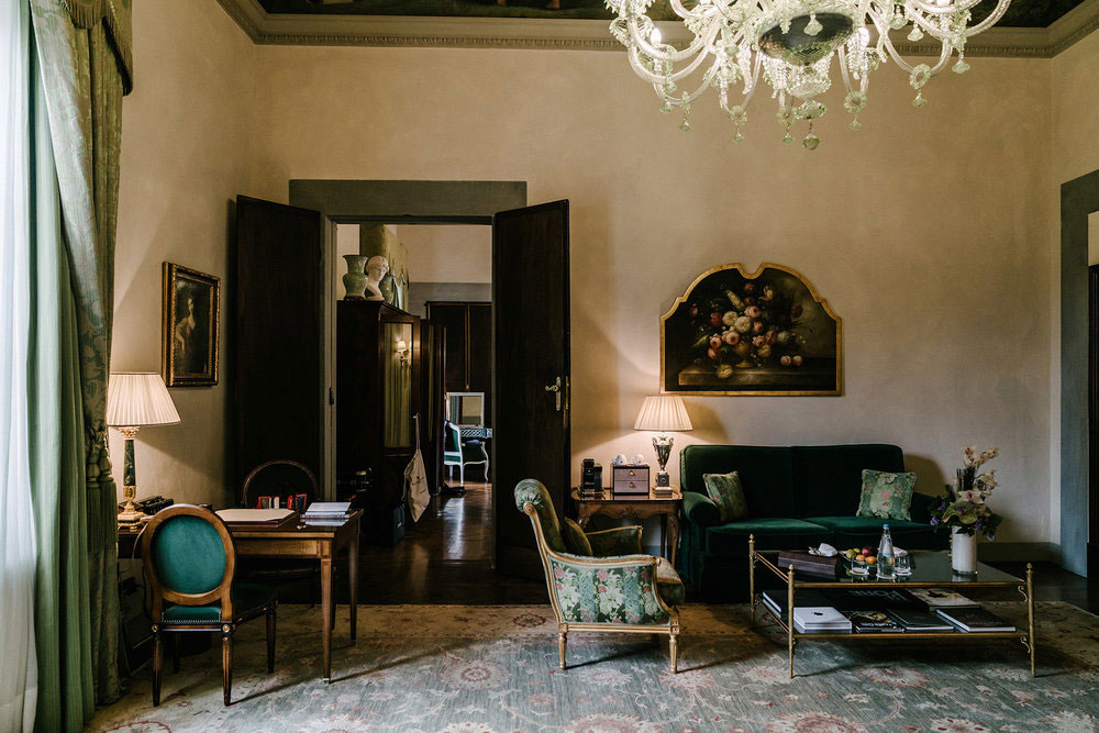 Weekday Wanderlust | Places: The Extravagantly Lovely Four Seasons Florence