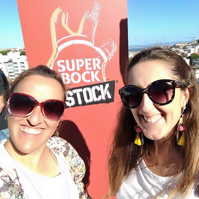 Fomos-conhecer-o-cartaz-do-Super-Bock-em-Stock-miúdas-armazém-de-ideias-ilimitada