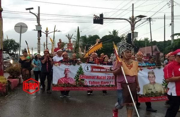 Parade Natal 2019 Warna Warni Dilepas Bupati Perdie