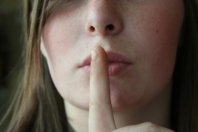 2 Hal Ini yang Perlu Dilakukan ketika Mendengar Komentar Orang Lain