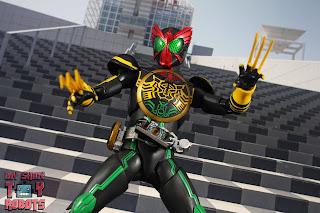 SH Figuarts Shinkocchou Seihou Kamen Rider OOO TaToBa Combo 39