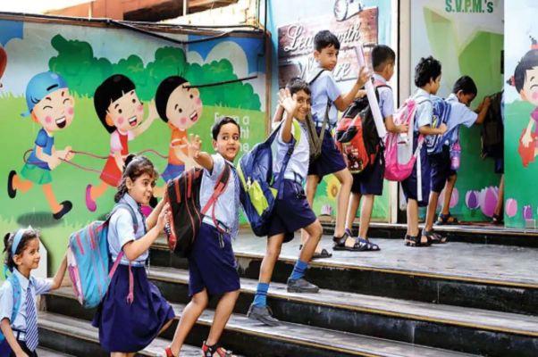 छत्तीसगढ़ में आज से कक्षा 6, 7, 9 और 11 के लिए स्कूल खोल दिए गए, जानें क्या रहेगी गाइडलाइन