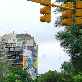 Prédio com Pintura de Carlos Gardel, na Recoleta