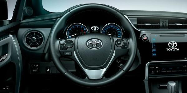 Interior Toyota Corolla MY 2017
