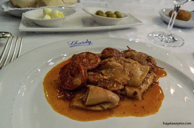 Callos a la madrileña, prato típico de Madri servido no Restaurante Lhardy