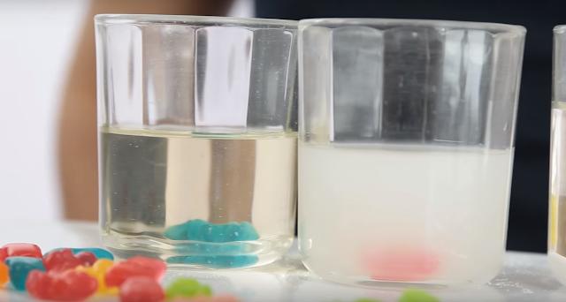 experimento, mezcla, ositos, gominola, liquidos, mutantes