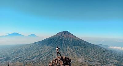 7 Fakta dan Misteri Gunung Sindoro Temanggung Jawa Tengah