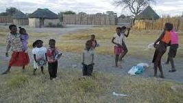 Faktor penentu Individu Tingkat Kepuasan dengan Manajemen Sumber Daya Komunitas Berbasis Alam: Sebuah Kasus Lima Komunitas di Namibia