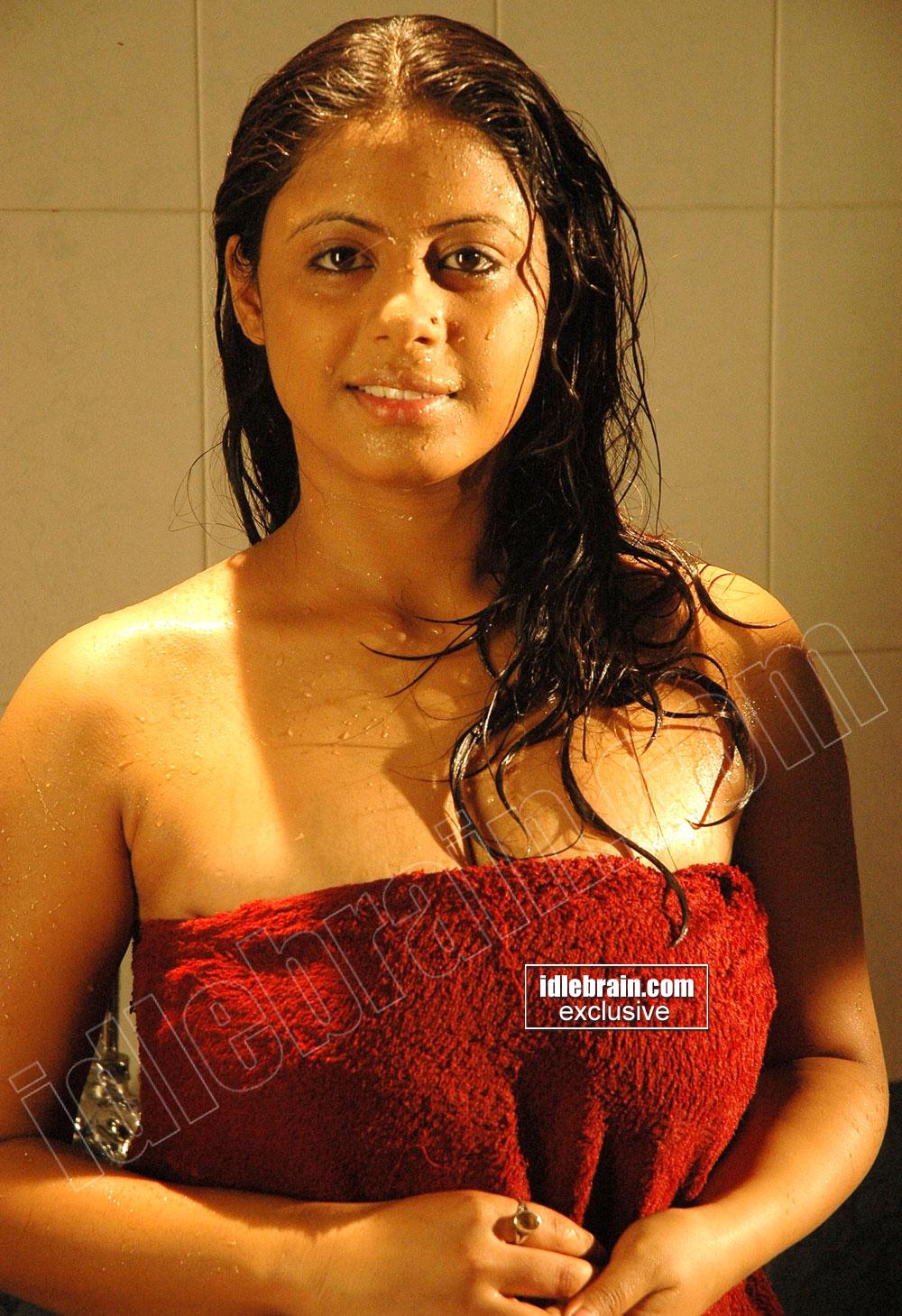 Telugu Aunty Topless