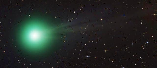 Resultado de imagem para Luz verde no céu intriga japoneses