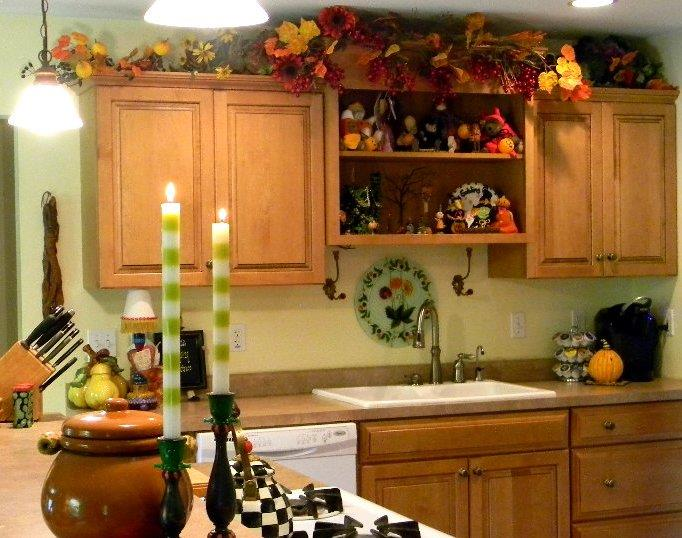 Halloween Kitchen Decorating Ideas In The Cabinets And Above Cabinets For  Small Kitchen Design Gallery. Small Kitchen Pendant Lighting Fixtures Ideas  And ...