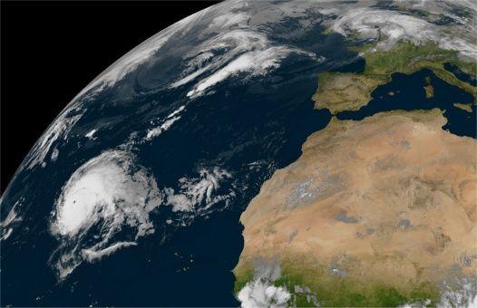 Reportan huracán más fuerte en la historia del Atlántico norte
